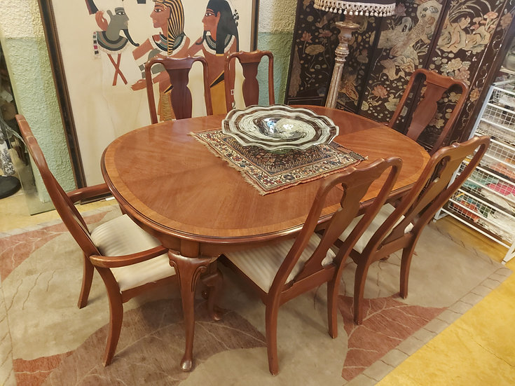 Dixie Furniture Co. Dining Room Set, 6 chairs, 2 Leaves, USA