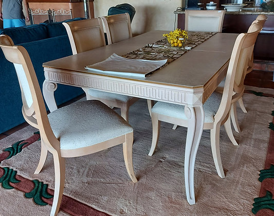 Drexel Dining Room Table, China Cabinet, 8 Chairs & 2 Leaves