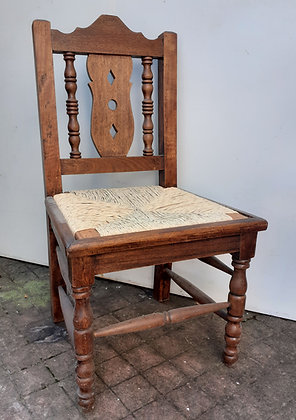 Mexican-chairs-rosa-morada-vintage