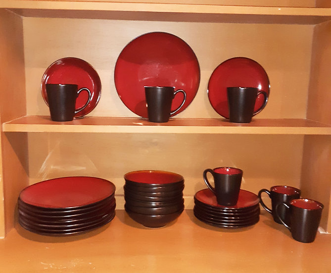 Decorative Dinner Service, Gourmet Expressions, 31 pcs.