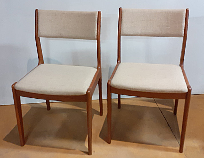 scandinavian side Chairs