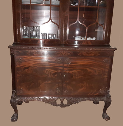Chippendale China Cabinet, late 1920's American Made, Convex Glass