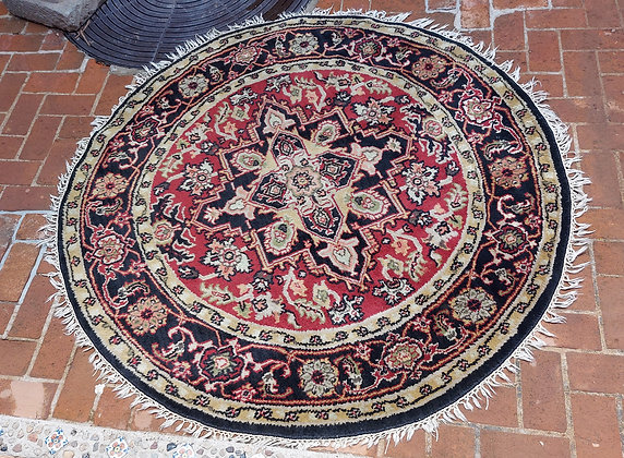 """Round Rug from India, Persian Design, 69"""" diameter"""