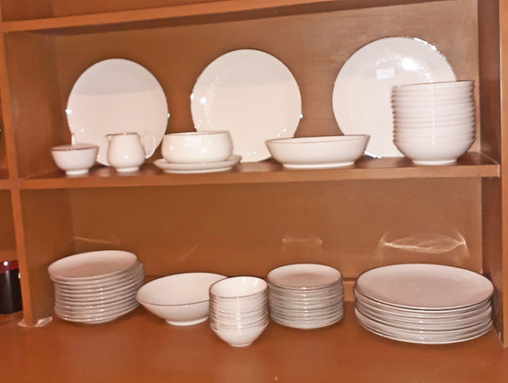 Nortitake China Set,  Montblanc Pattern