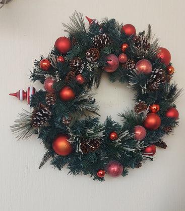 "Good Quality Christmas Wreath. 26"" diameter, Spiral Ornament"