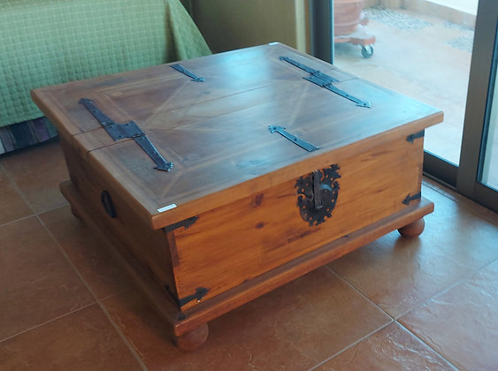 """Mexican Rustic Trunk/Coffee Table, 36"""" Square, 18"""" tall"""