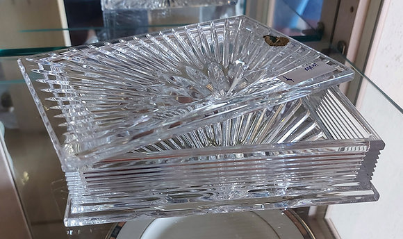 """Waterford Lead Crystal Vanity Box, 7"""" x  5"""" by 2"""" tall. Ex. Condition"""