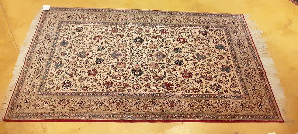 Semi-Antique-Shah-Abassi-Flower-Isfahan-Esfahan-rug