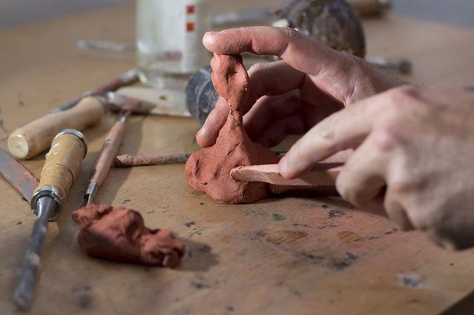 Dubai pottery classes workshop yadawei