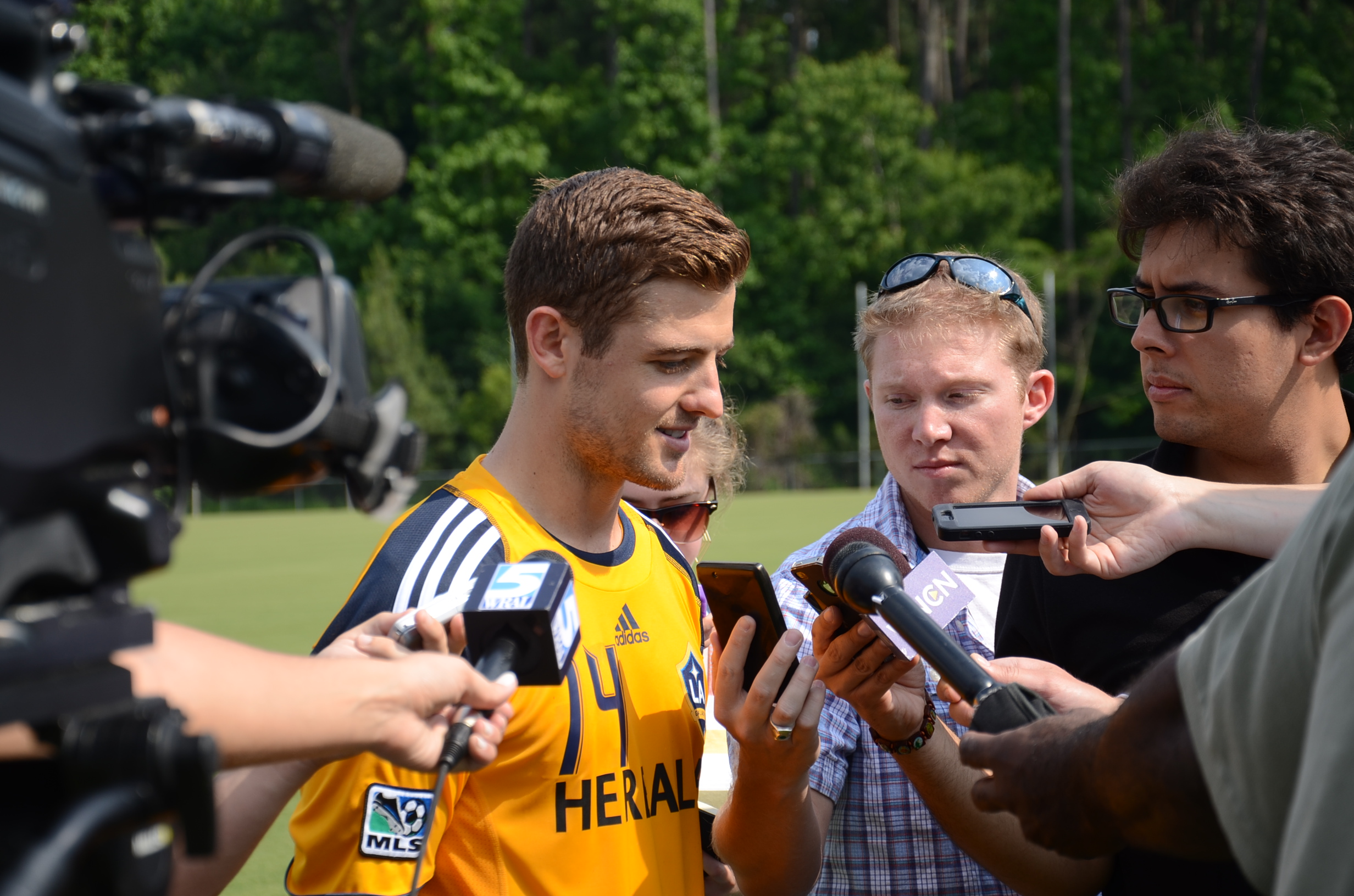 Robbie Rogers speaks to the media