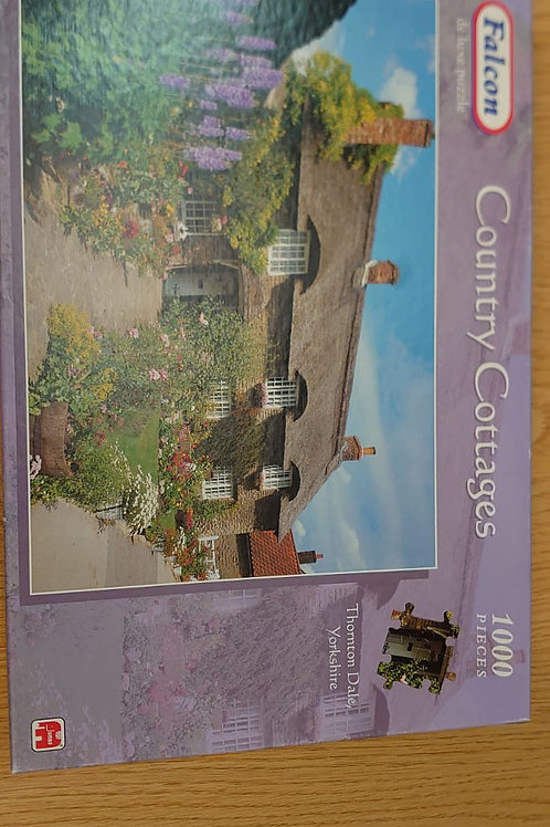 1000 piece Country cottages jigsaw (GC3)