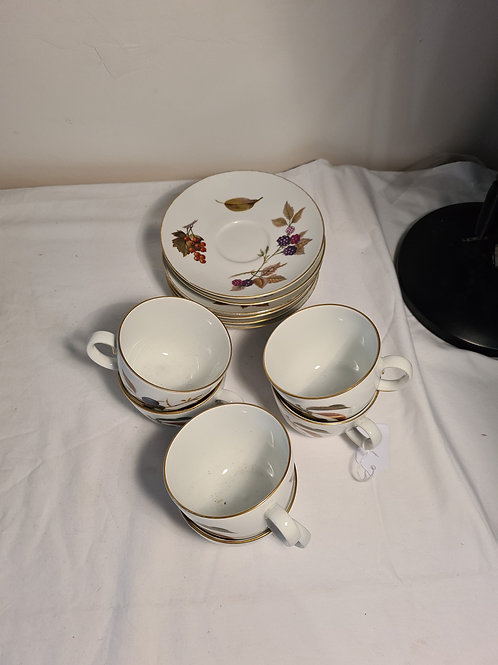 6 piece coffee cups and saucers Royal Worcester Evesham
