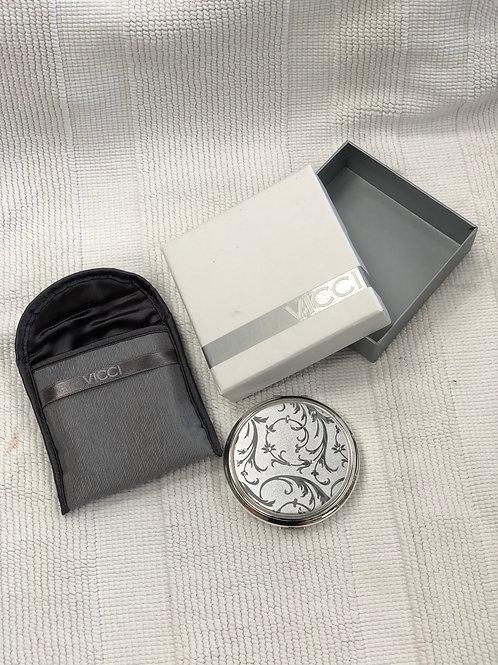Vicci compact mirror (I)