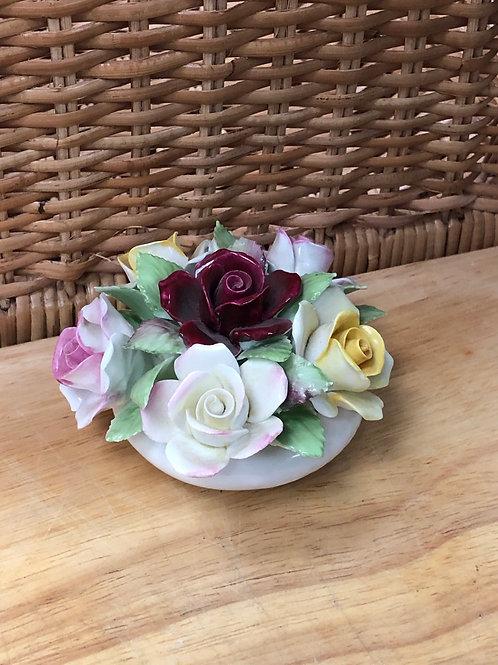 Royal Doulton Roses Basket (M)