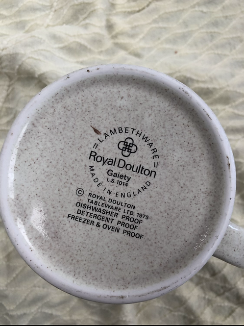 Royal Doulton jug (F1)