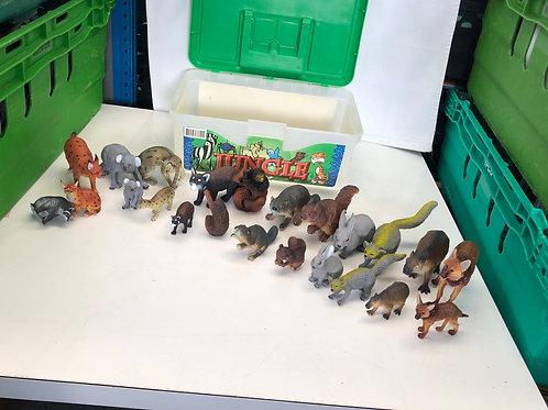 Box of animals (0:3)