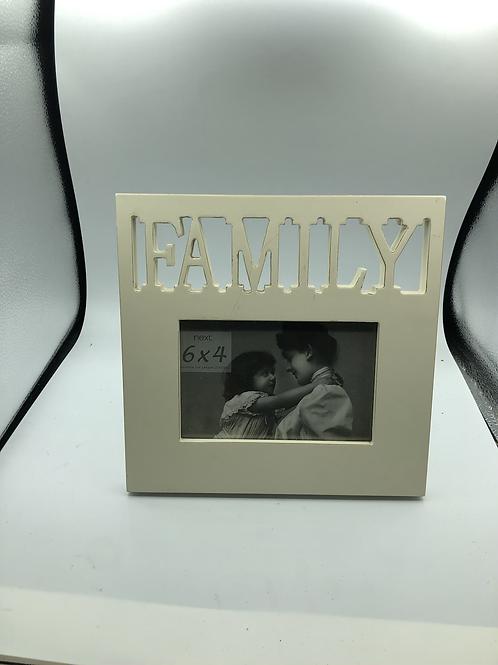 NEXT FAMILY frame (F)