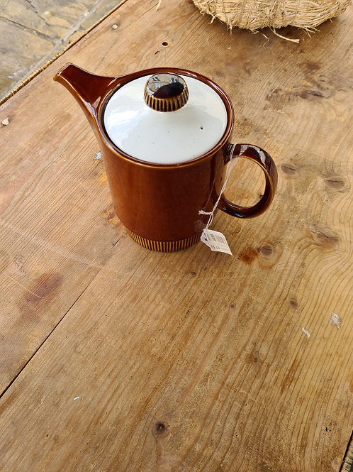 Poole tea/coffee pot (Y2)