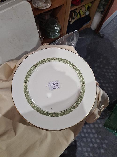 Royal Doulton rondelay 8 dinner plates