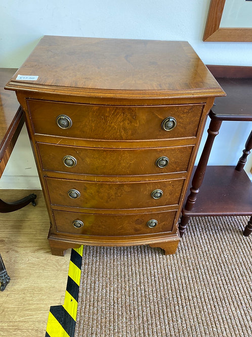 Small Chest Of Drawers (SS Dine 507 COD)