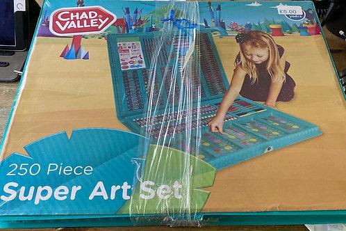 Chad Valley super 250 piece art set (SS toys 5)