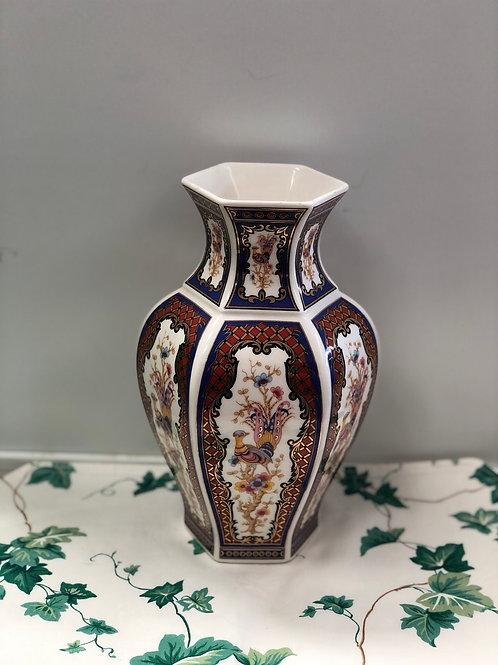 Vase (A)