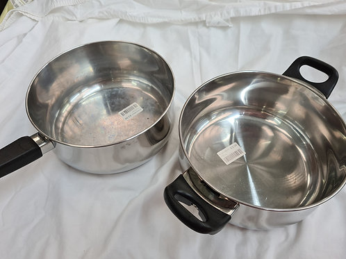 2 x saucepans (ES1)
