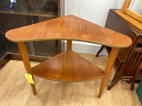 Corner Table (SS Dine 109 Corner)