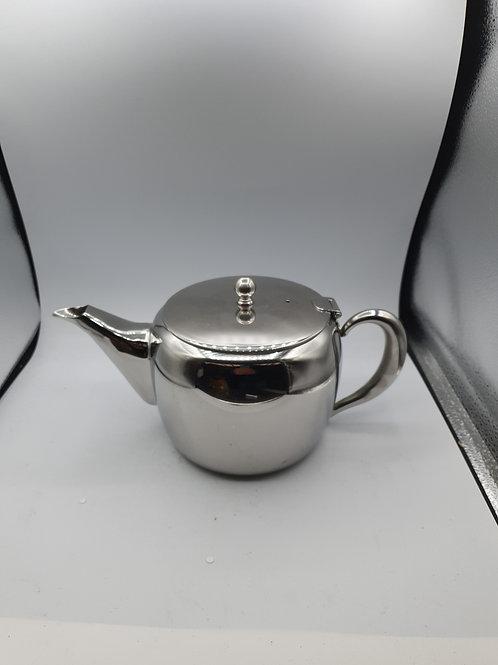 Metal tea pot (ES2)