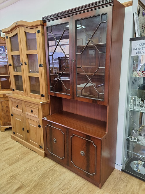 Dresser cabinet (SS Dine 714D)