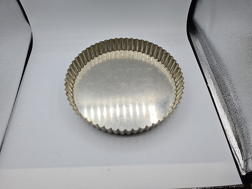 Loose bottom fluted tin (ES3)