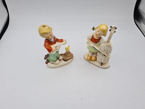 Small children figurines (F2)