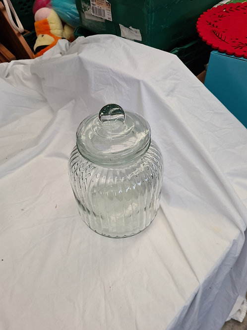 Large glass lidded jar (G1)