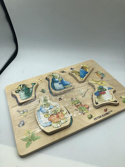 Peter rabbit wooden puzzle (Y)