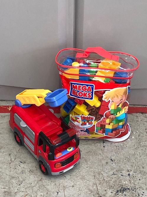 Mega blocks pack and childrens fire engine (0:3)