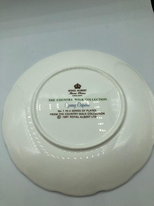 Royal Albert plate (G1)