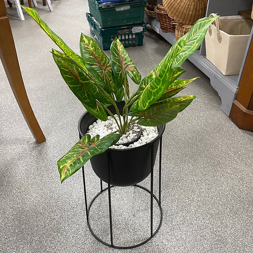 Ex-Display Artificial House Plant In Stand (SS Dine 060 Plant)