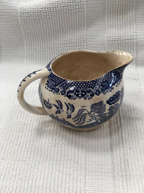 Vintage willow jug (I)
