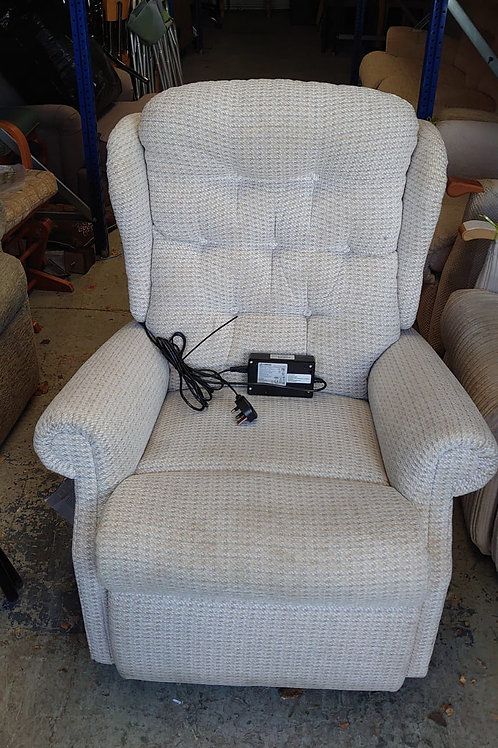 Micah electric recliner 3, no remote but button operated