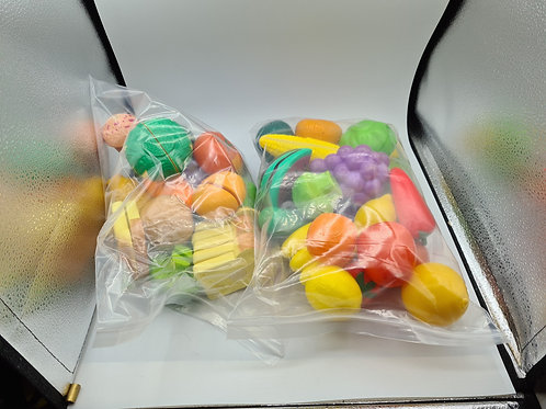 Plastic play food (GC7)