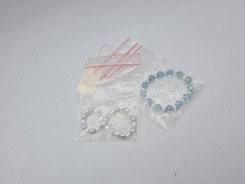 Children's freshwater Pearl and glass bracelet (D1)