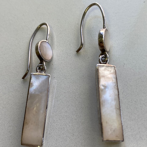 Earrings of Mother of Pearl and silver (SSgift 10)