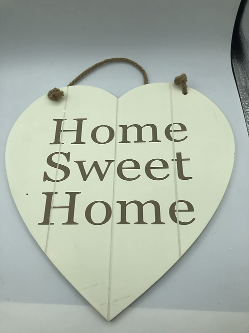 Wooden heart sign (F)