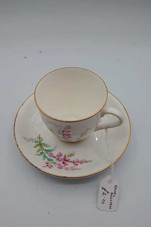 Royal doulton Cup and saucer (market10)
