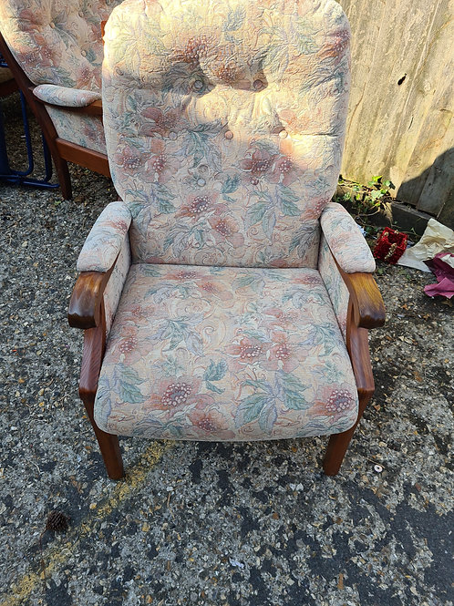 High back arm chair, excellent condition