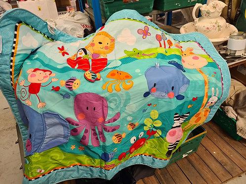 Large playmat (misc)
