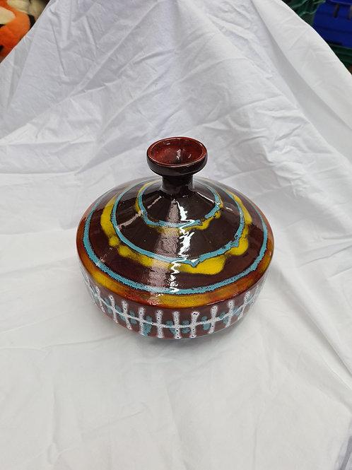 Unusual ceramic vase (E1)