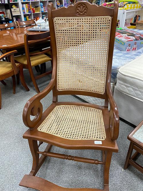 Rocking chair (SS dine 35)