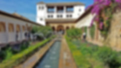 alhambra-517149_1920.jpg
