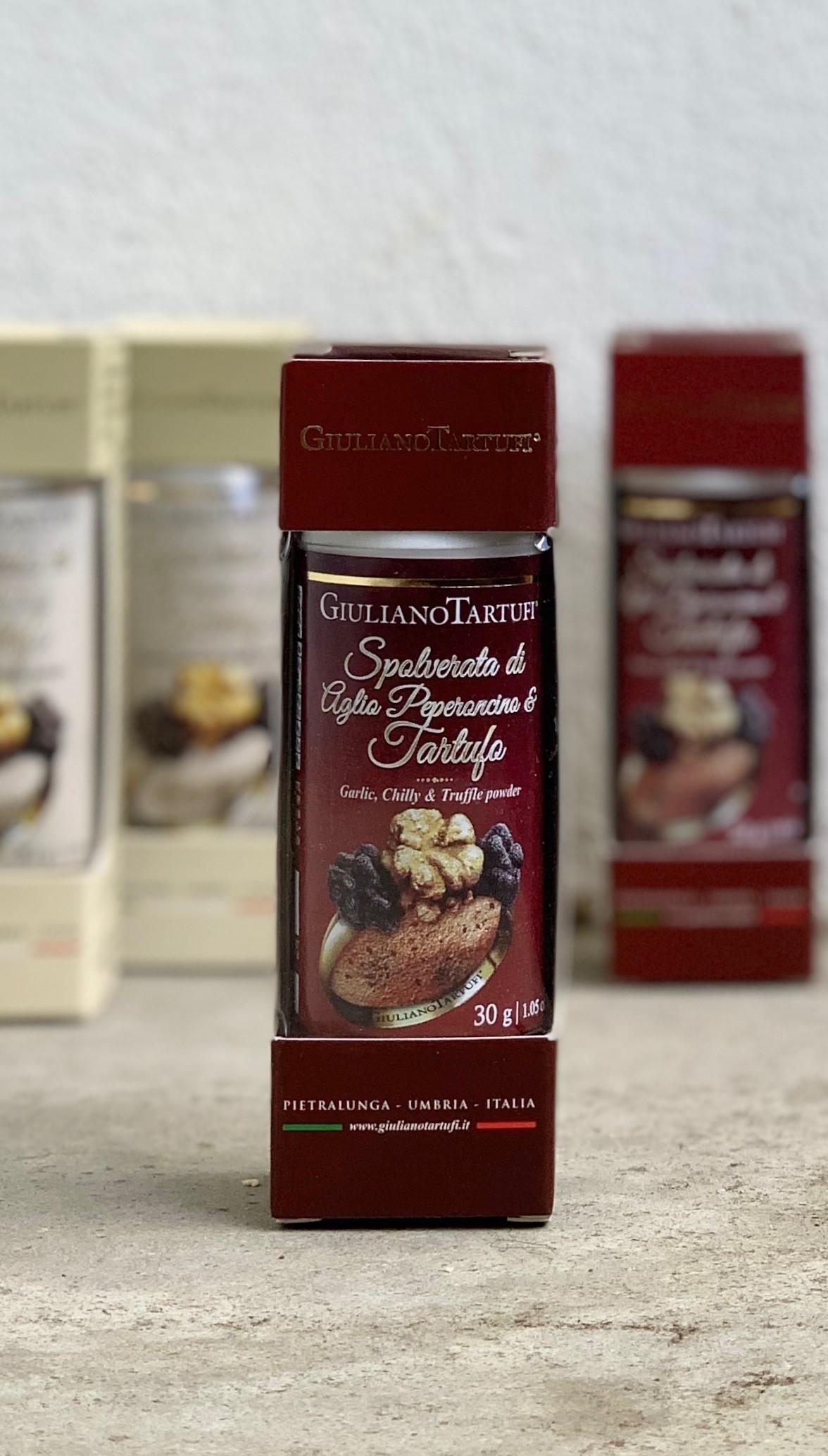 Condiment en poudre au piment, à l'ail et à la truffe
